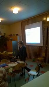 Potilasasiamies Marja Nieminen luennoi aiheesta potilaan edut ja oikeudet